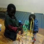 Kinder mit Spielzeug2